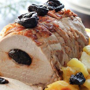 Lombo de Porco com Ameixas e Risotto de Açafrão